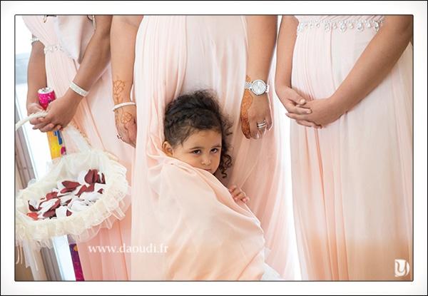 Petite fille mariage