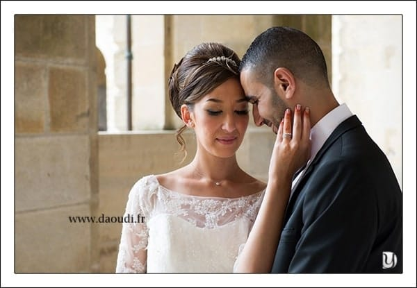 Pose mariés à Paris