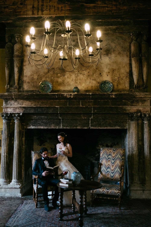 Couple mariés au château